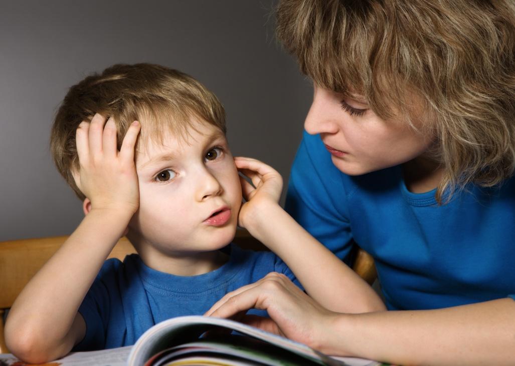 Jakie uprawnienia przysługują pracownikom w związku z opieką nad dzieckiem do lat 4 /fot. Fotolia