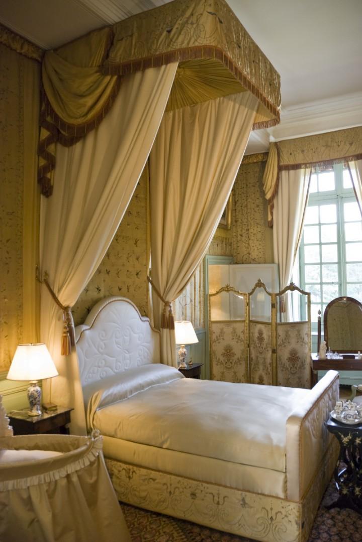 Nowoczesne łóżka Z Baldachimem Galeria Meble Sypialnia