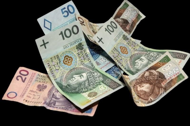 Produkty strukturyzowane posiadają cechy lokat bankowych i instrumentów rynku kapitałowego.
